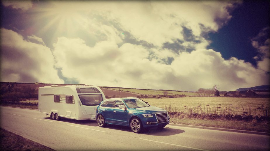 towing caravan to tregavone